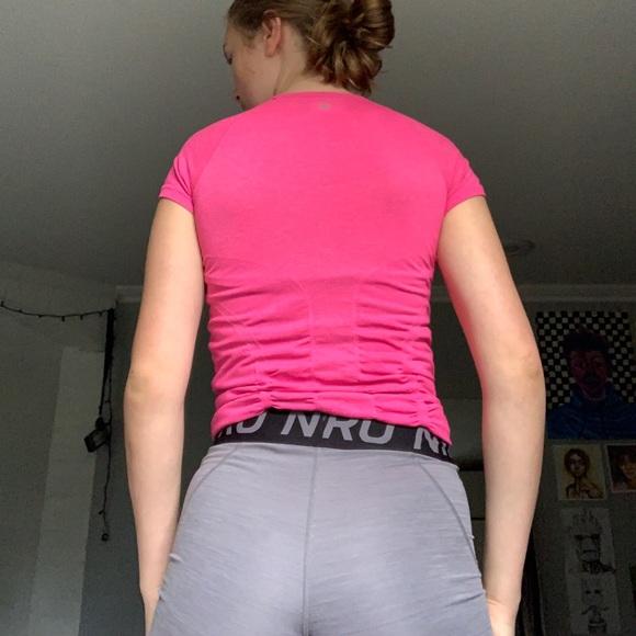 Athleta Tops - Athleta short sleeve shirt